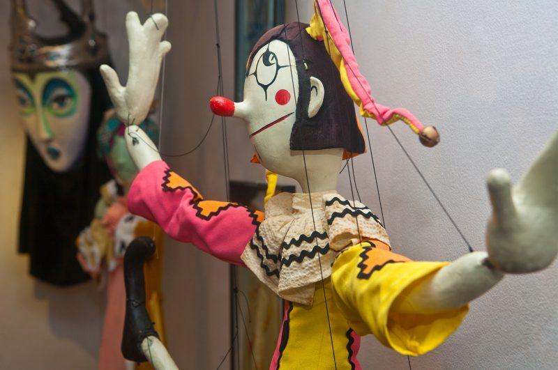Puppet Arts Online Graduate Certificate puppet smiling